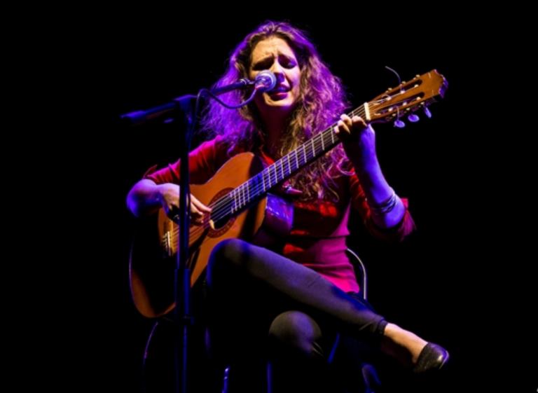 Naara Andariega en concierto