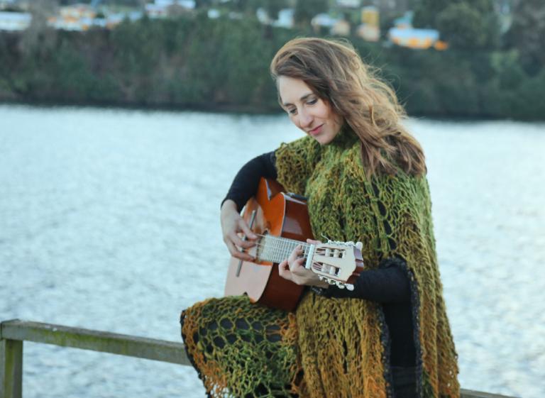 Pastora Alfonsina (Chiloé) en concierto