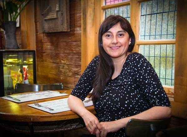 """#VioletaEnCasa presentó la Conferencia de María Soledad Lorca """"La cocina tradicional de Chiloé"""""""