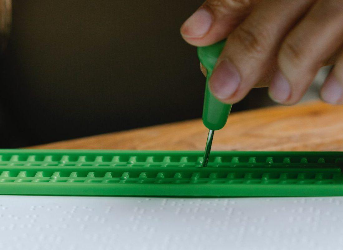Museo Violeta Parra y Fundación Chile, Música y Braille lanzan la primera Beca en Lectoescritura Braille